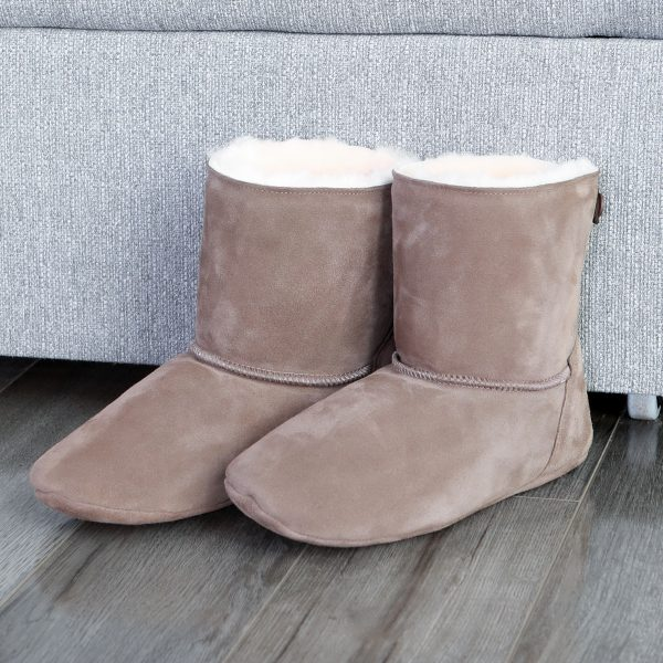 Toasty toes sheepskin slippers! Your natural alternative to man made fibres. Cool in summer and warm in winter.