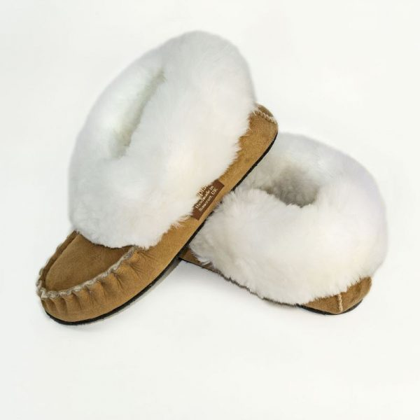 Softest cosy sheepskin slippers to cuddle your feet and ankles.