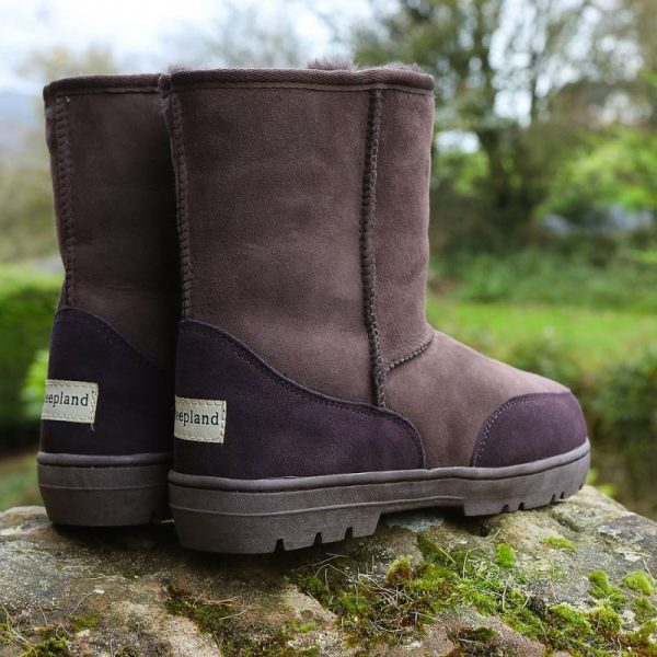 Brown slim fit outdoor boots, in the countryside