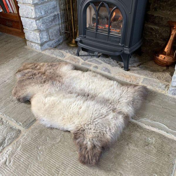 Undyed British Sheepskin Rug M71 in lounge
