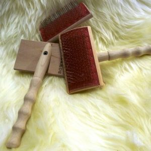 Sheepland sheepskin brush