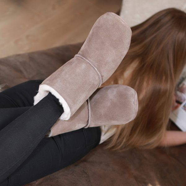 The Sheepland Slipper Boots,Natural sheepskin, the natural alternative to man-made textiles.