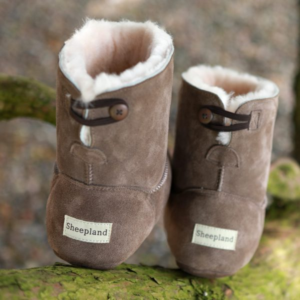 Sheepskin slippers from toes to ankles. Designed for cosy feet by Sheepland the home of sheepskin slippers.