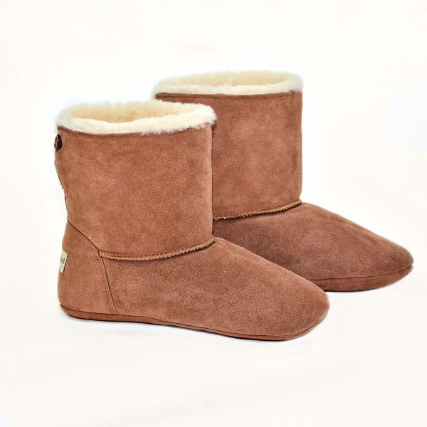 www.sheepskin.co.uk - for the Natural Sheepskin slipper boots. Designed to wrap your feet in luxury.